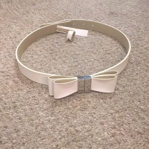 The Limited white bow belt NWT